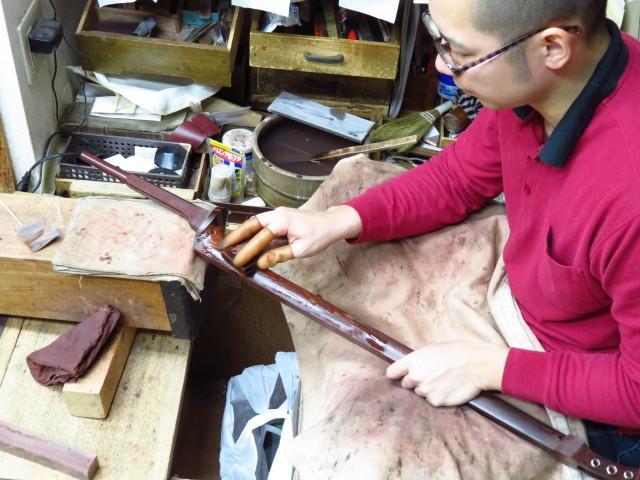 三味線修理 棹磨き